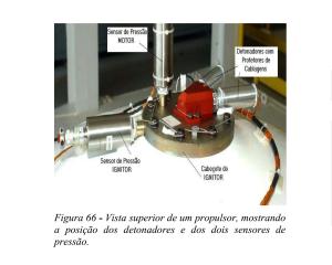 Figura 66 de COMAER 2004 com a vista superior de um propulsor mostrando a posicao dos detonadores e dos dois sensores de pressao